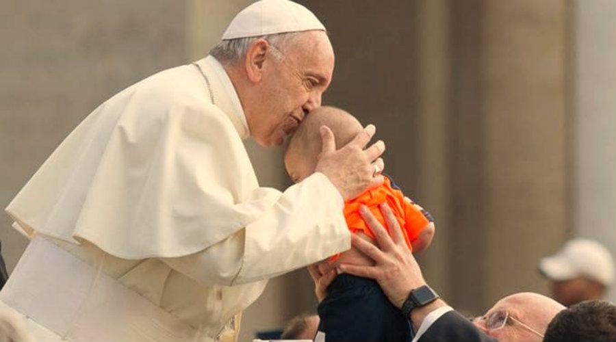 Papa Francisco: El Padre Nuestro no es una oración más, es la oración del Hijo de Dios