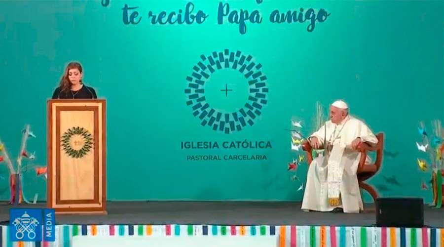 """El Papa a mujeres en la cárcel: """"Cada día estamos invitados a volver a empezar"""""""