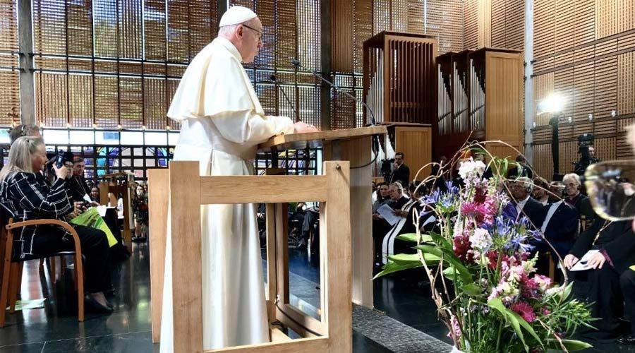 papa francisco ginebra suiza