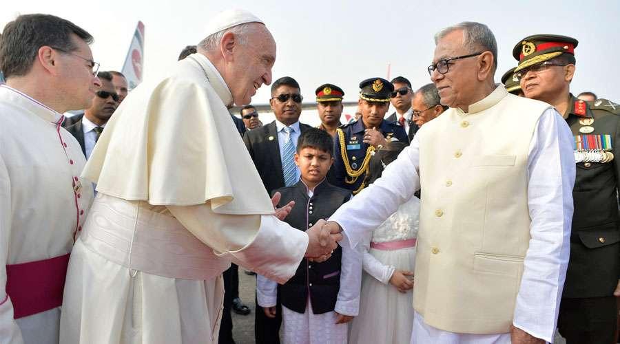 papa francisco llega bangladesh