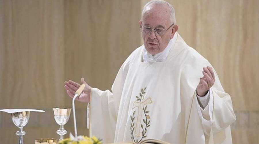 papa francisco misa santa marta